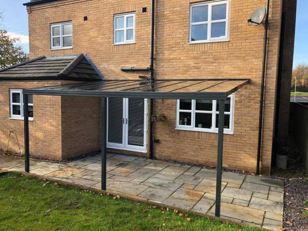 Up to 4.5m Length 6mm Glass Patio Cover & Veranda. (Select Projection)