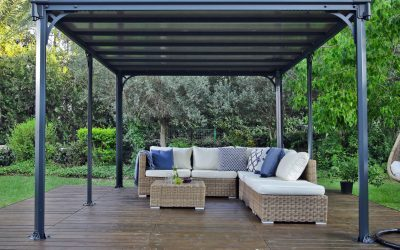Difference Between a Freestanding and an Attached Veranda?