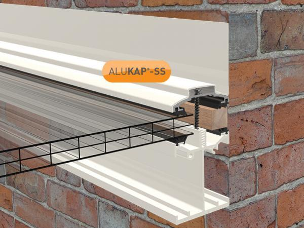4.8m Self Supporting Wall End Bar for Glass or Polycarbonate Sheet (available in any colour)